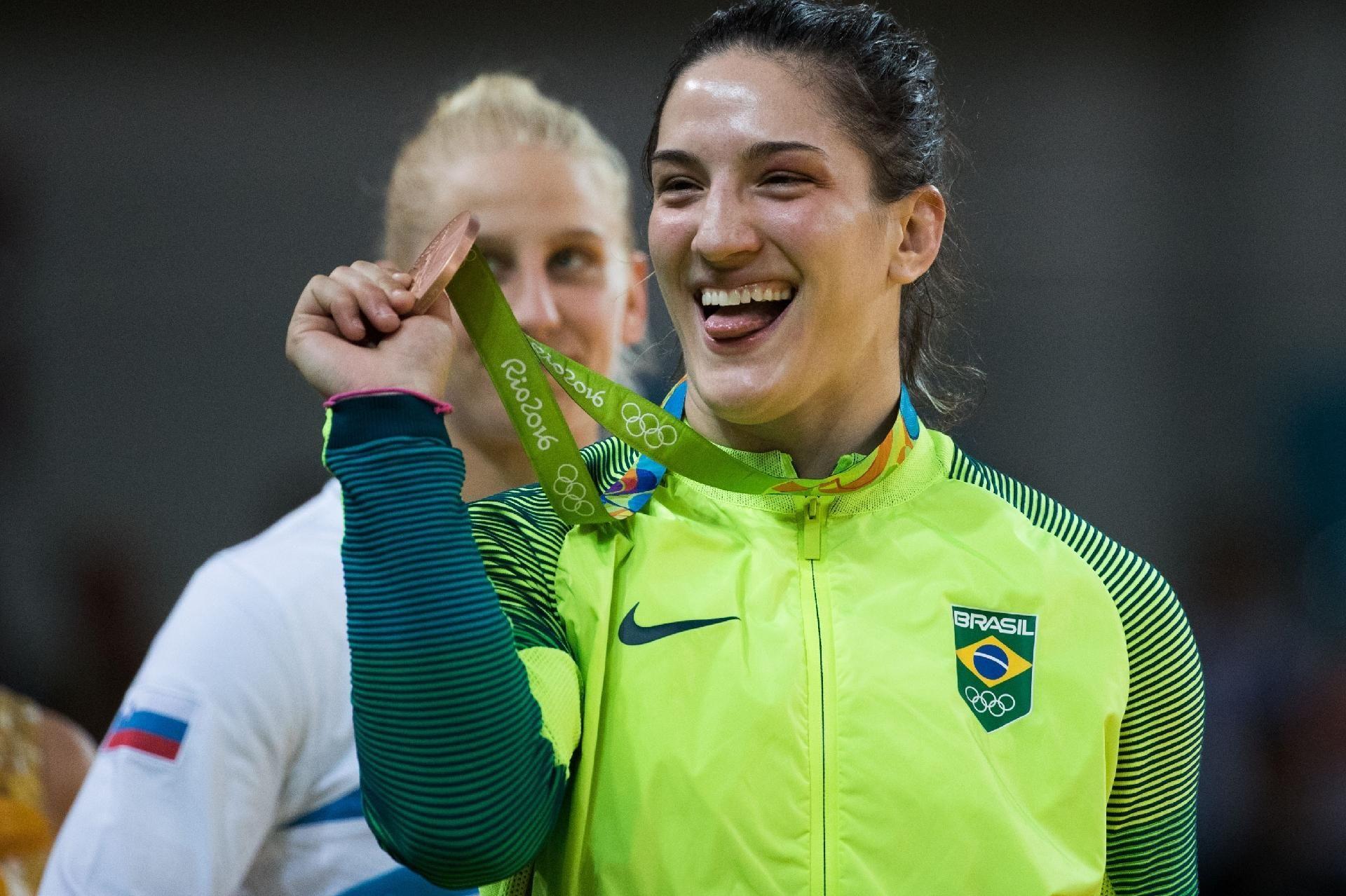 Mayra Aguiar conquista medalha de bronze para o Brasil