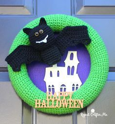 Crochet Halloween Bat Wreath