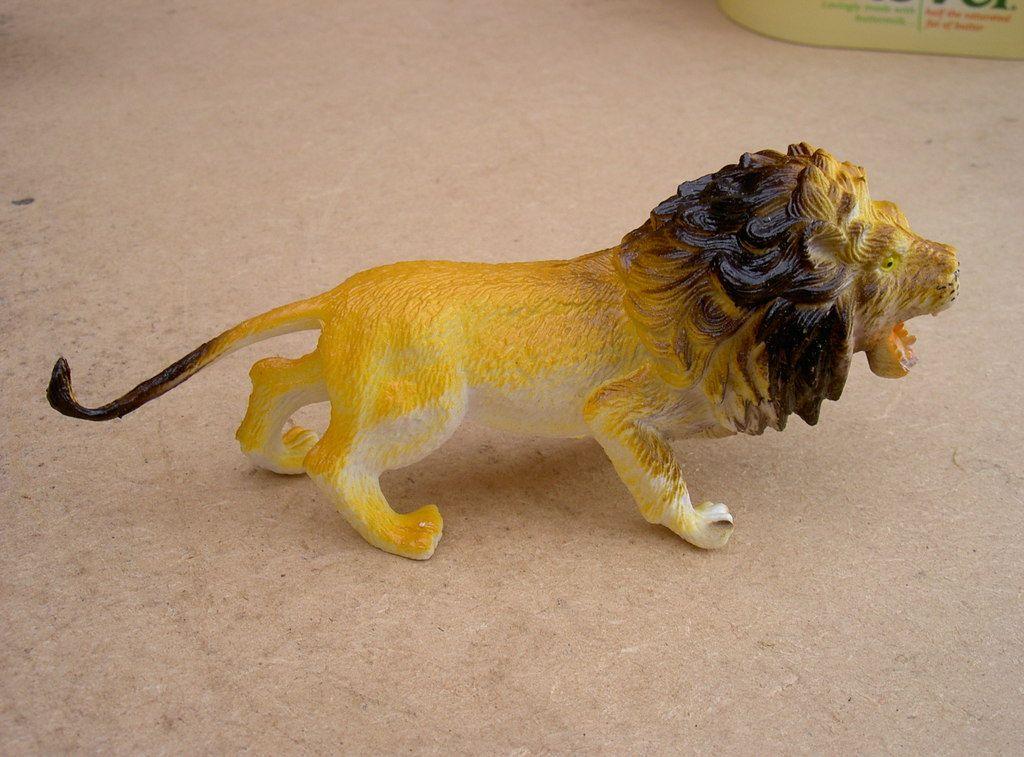 Digitizer African Lion by RossEwart Thingiverse
