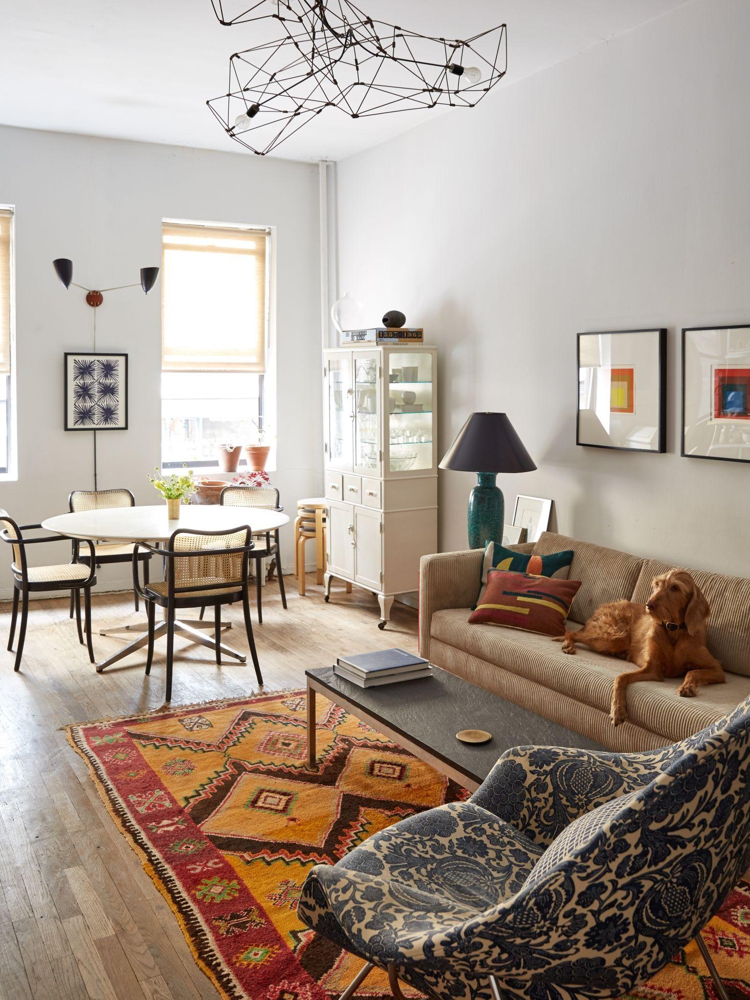 Inside Jessica Chastain S New York City Apartment Interior Design Living Room Decor New York City Apartment