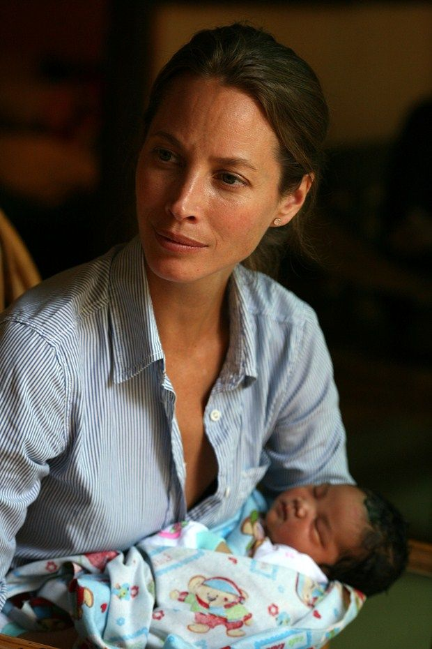 Christy Turlington Burns designs eco ergo babywear range