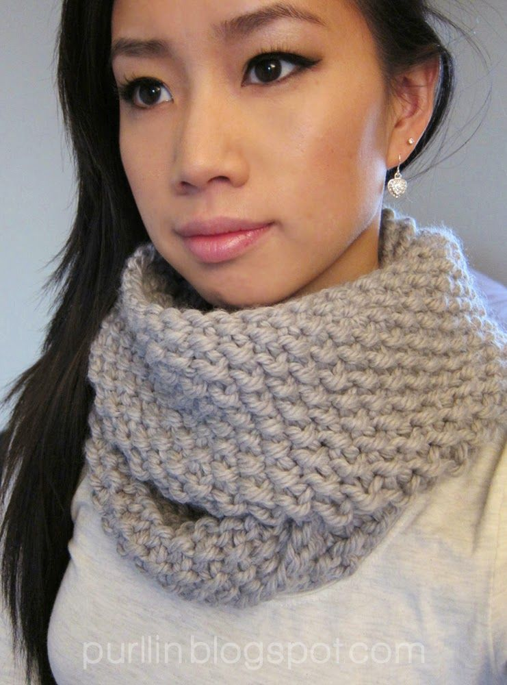 December Seed Stitch Infinity Circle Scarf Free Knitting Pattern