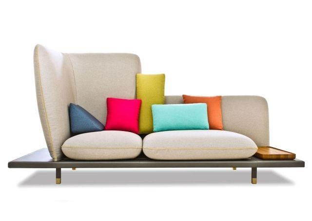 Kreatives Designsofa Mit Hoher Rückenlehne Bunte Couchkissen Bertosalotti Mobile  Möbel, Sofa Kaufen, Modernes