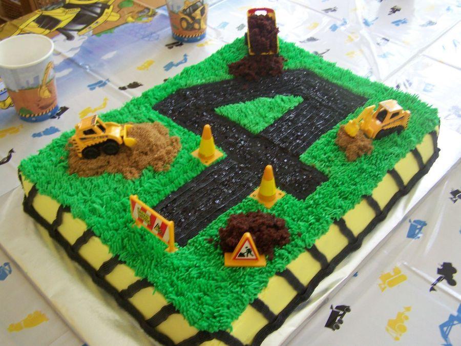 "4 year old birthday cake ""under construction"