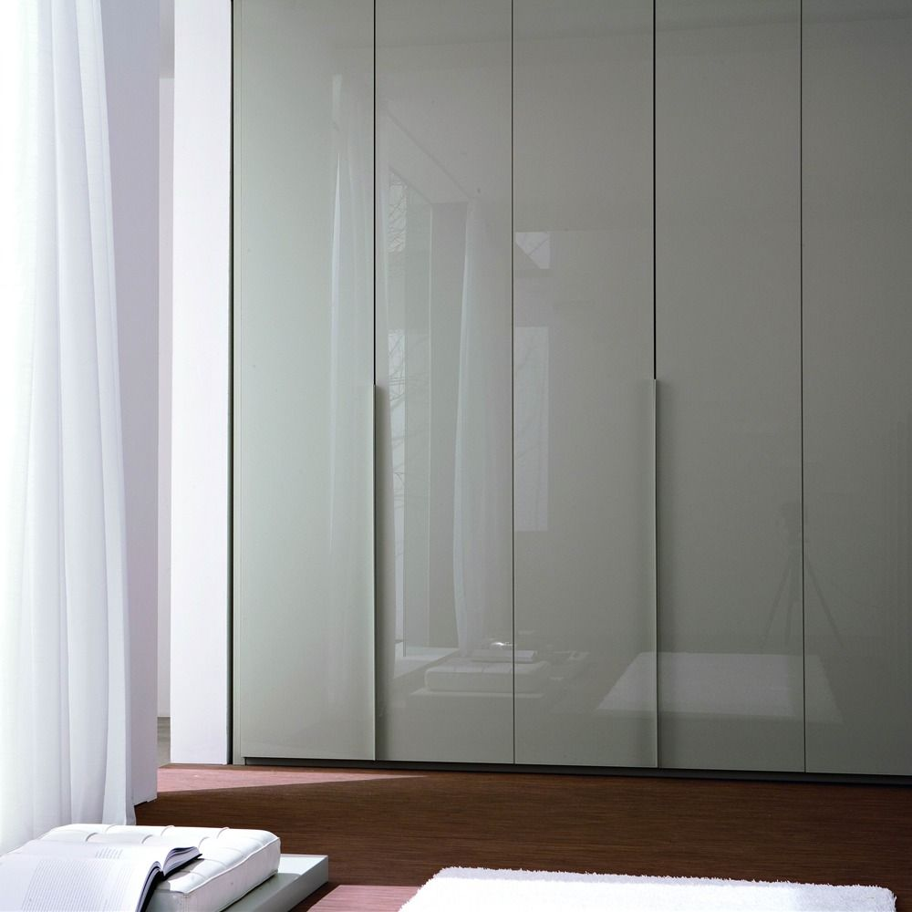 How To Make Built In Wardrobes With Sliding Doors: Fitted Wardrobe