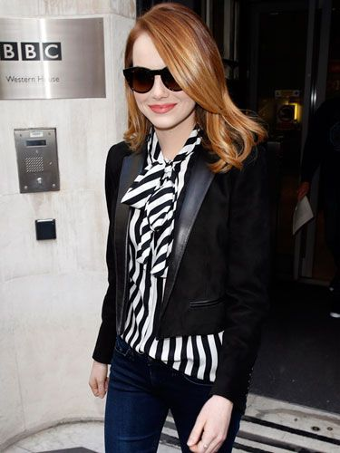 16 Celebs Looking Stylish in Stripes