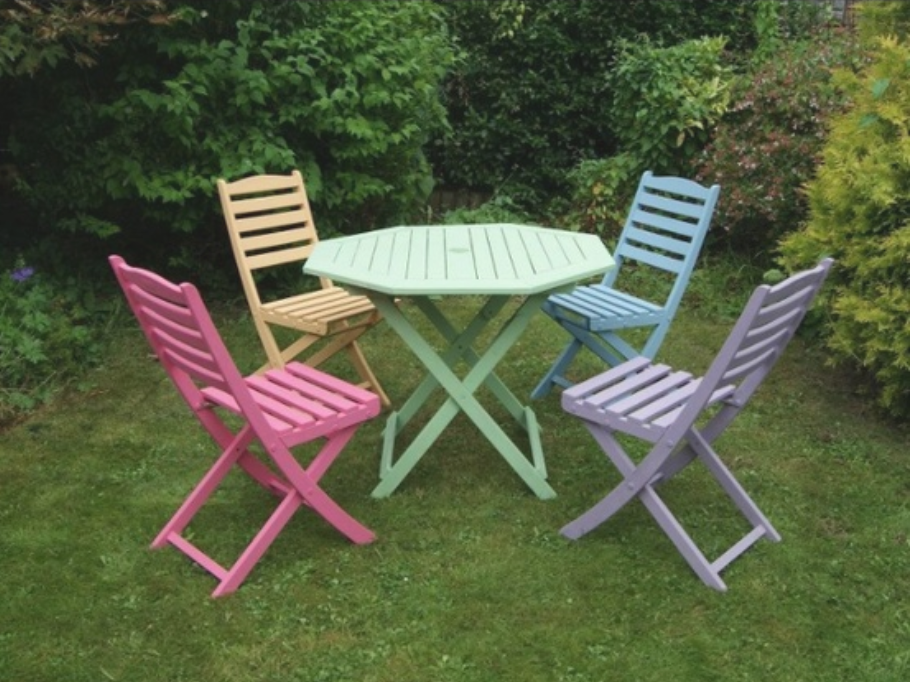 Pin By Marlen Bodden On The Sweet Things In Life Painted Garden Furniture Upcycle Garden Garden Furniture