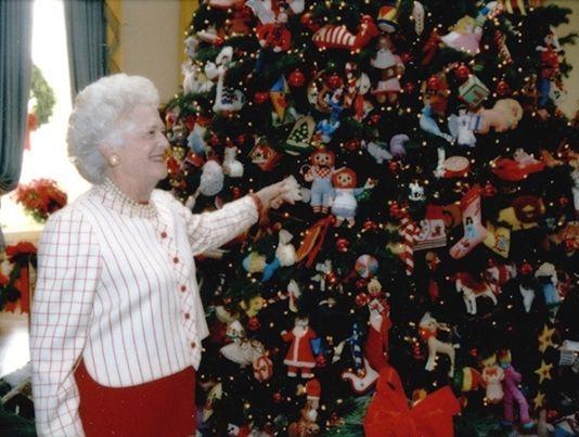 The Christmas Tree 1991.Take A Tour Of 11 White House Christmas Trees