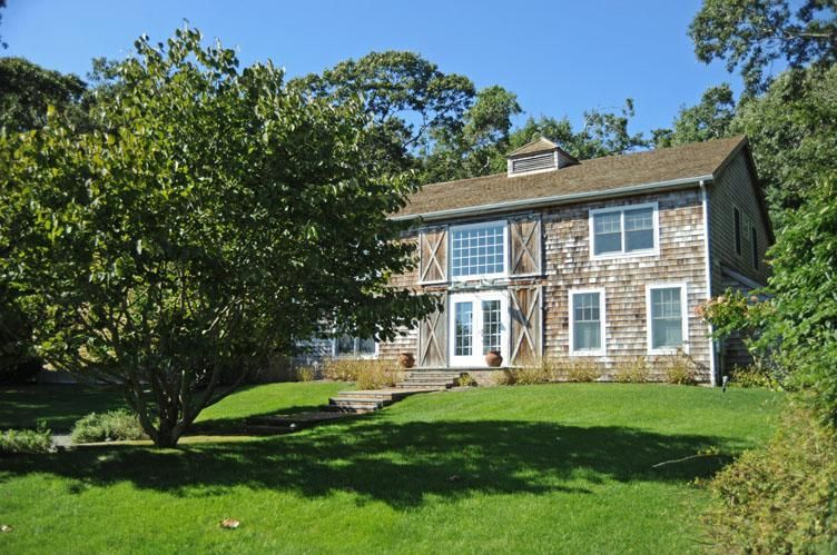 """""""Secluded Yet Central"""" East Hampton - Hamptons Real Estate"""