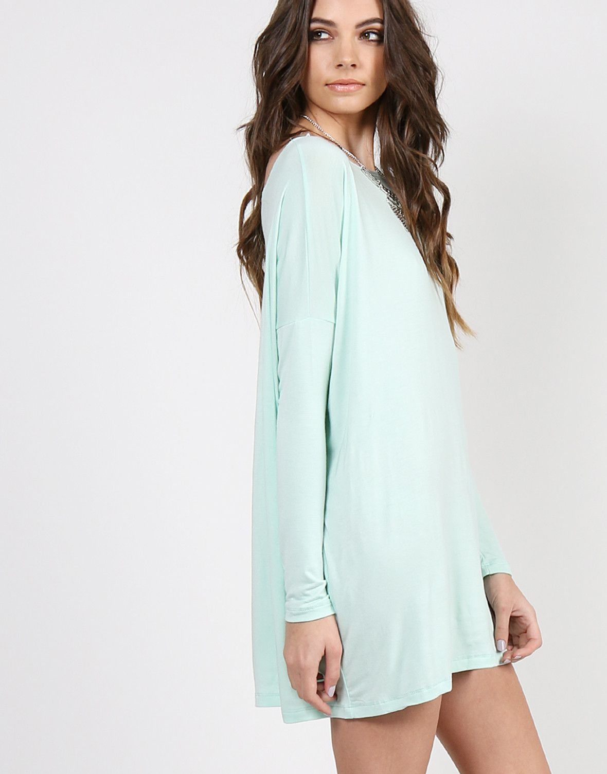 Sleeves different color than shirt dress