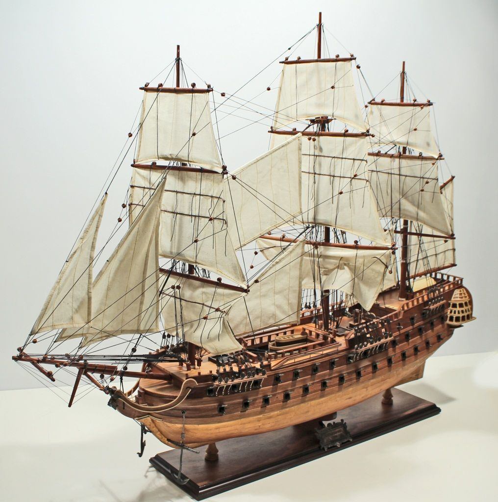 Wooden ship model Le Superbe, Kupfer Rumpf 95cm ID460 | NainTrading. Want.