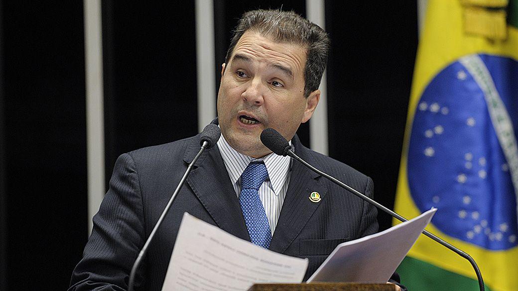 Ministério da Pesca é suspeito de fraudar licenças - Brasil - Notícia - VEJA.com