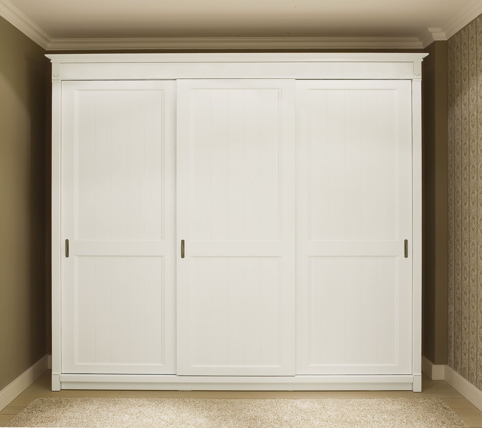 Armoire de chambre classique en bois  porte coulissante