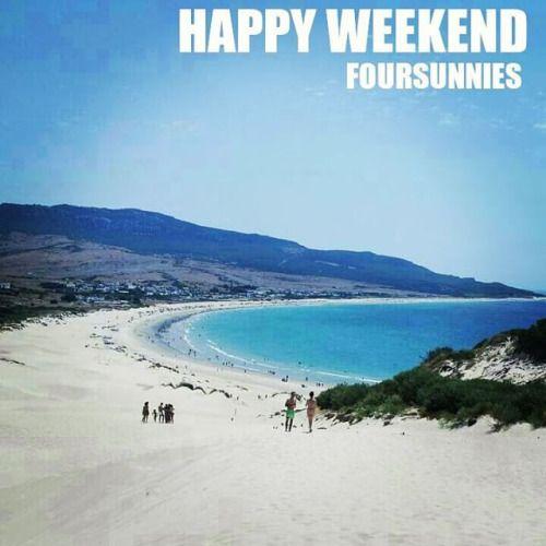 Feliz fin de semana!  Happy weekend!  www.foursunnies.com  #sunglasses #gafasdesol #occhialidasole #oculosdesol #lunettesdesoleil #summertime #summer #sun #beach #playa #love