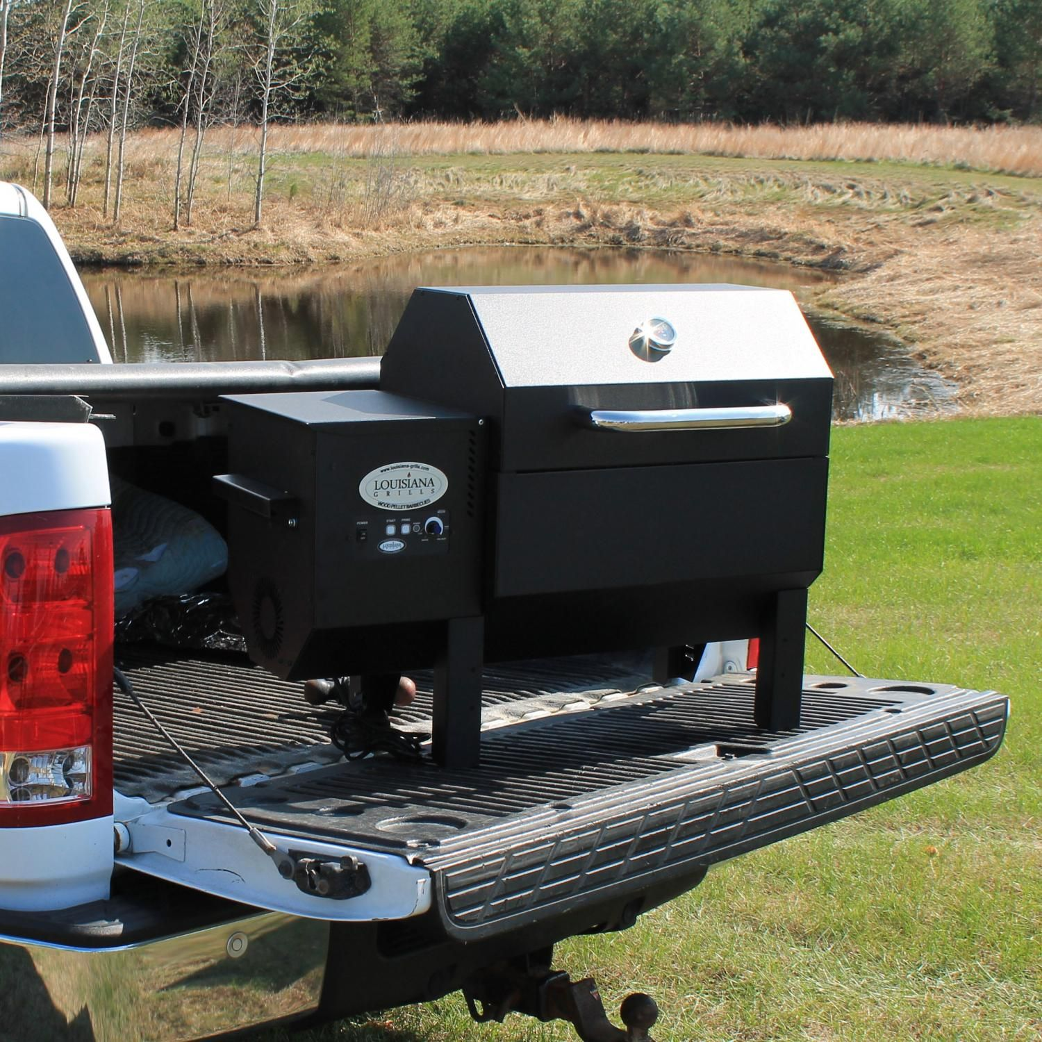Louisiana Grills Country Smoker Cs 300 Tailgater Pellet