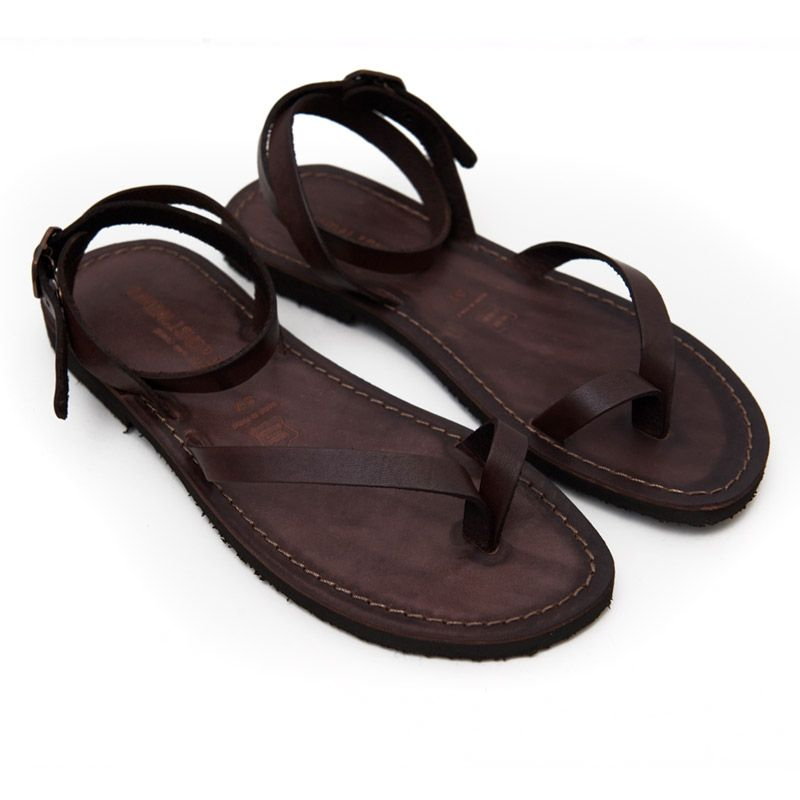 Leather sandals - Pin it