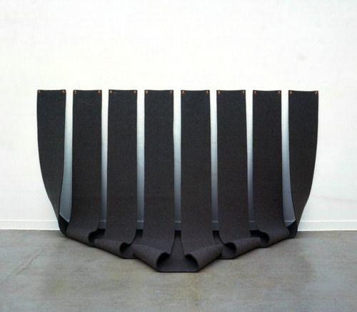 Robert morris minimalism minimalism pinterest art for Minimal art installation