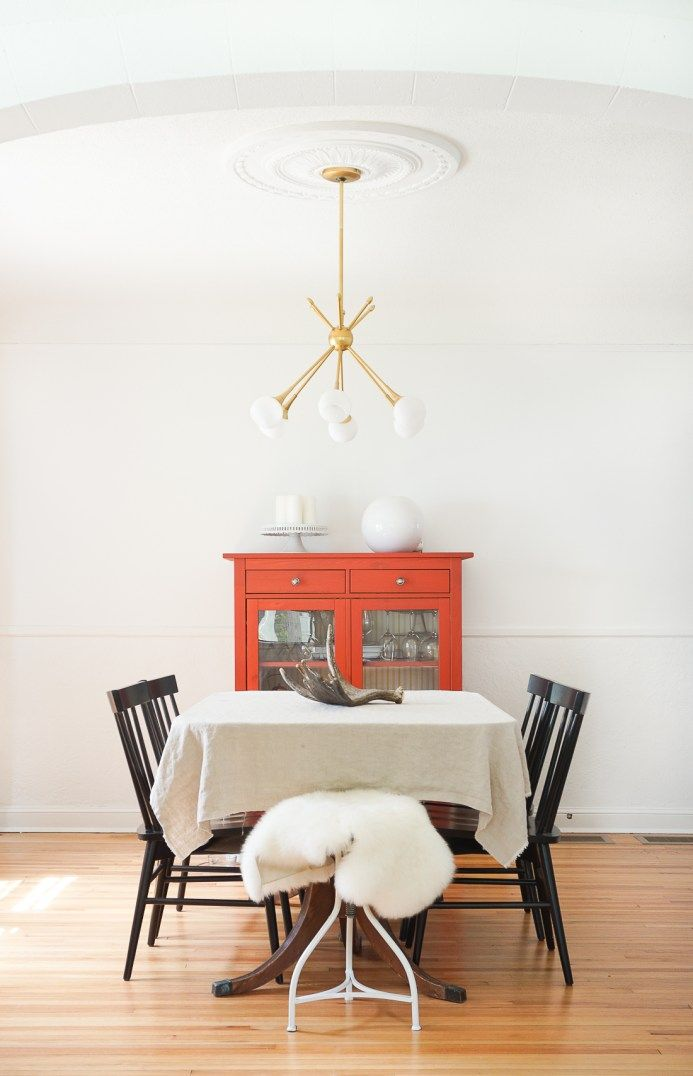 Use A Ceiling Medallion To Center Your Light Fixture Over The Dining Table Learn How