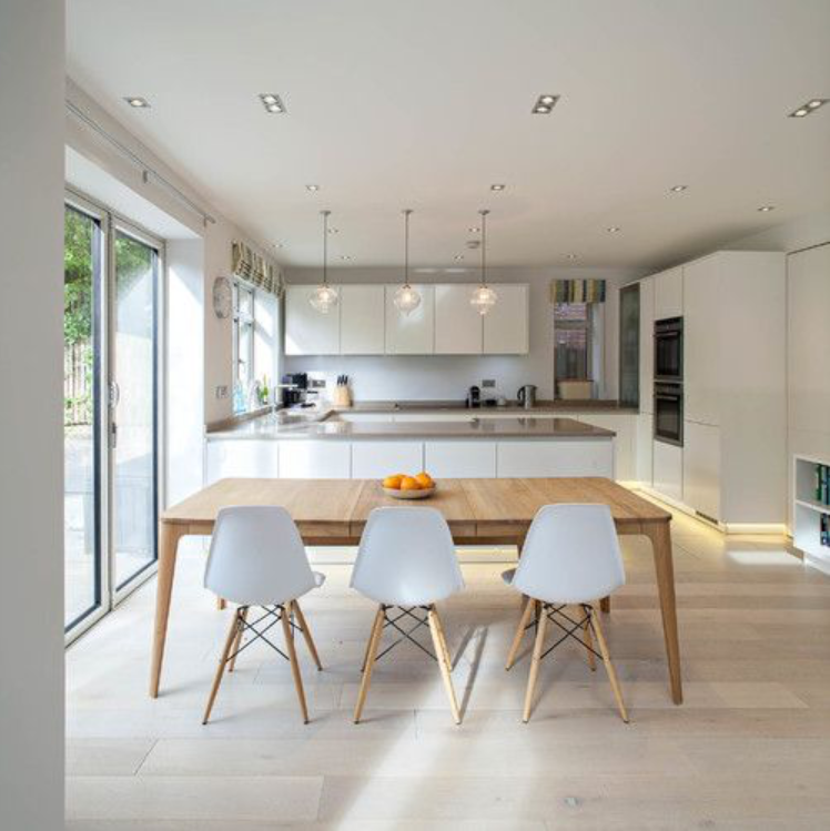 I Love The Repetitive Flow Of Counter Parallel To Peninsula To Table Would Like To Flow From Open Plan Kitchen Living Room Living Room Kitchen Kitchen Design