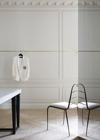 Mirrored Columns Parquet Wood Floors Retail Interior Design