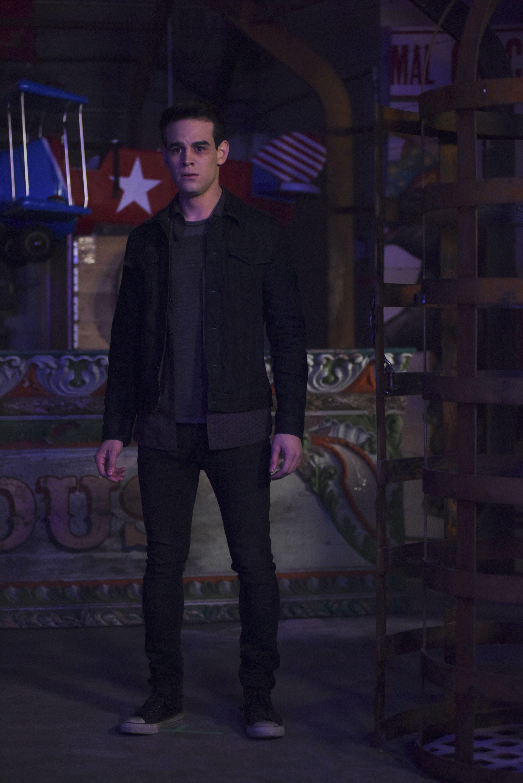 Season 2, Episode 9 | Shadowhunters