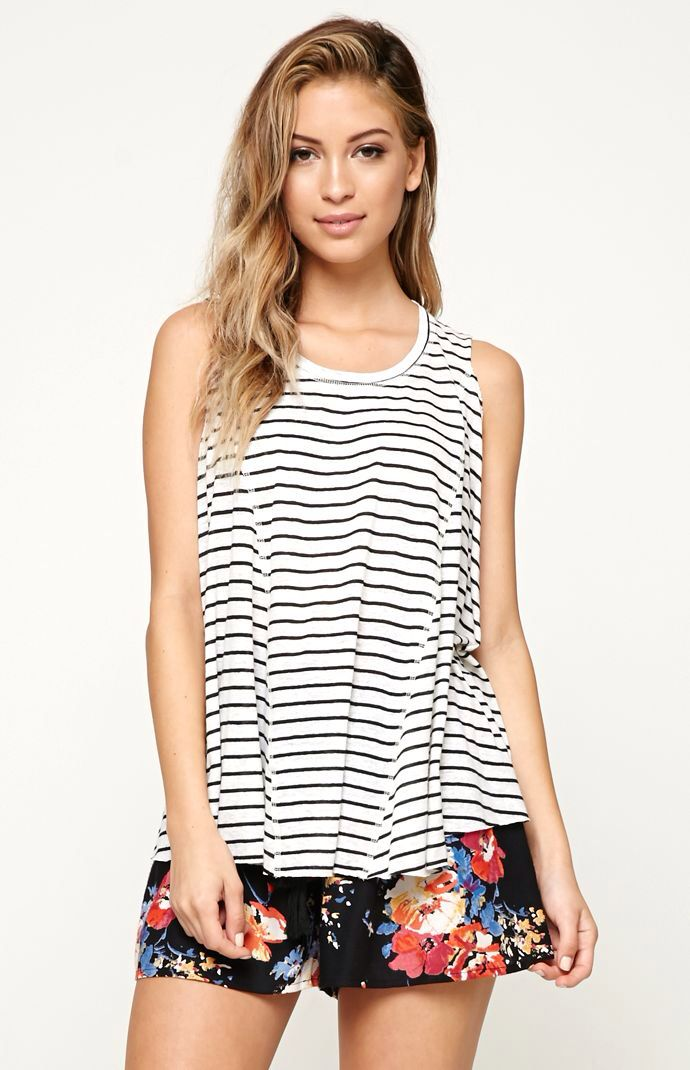 Hooked on Seamed Muscle Tank that I found on the PacSun App