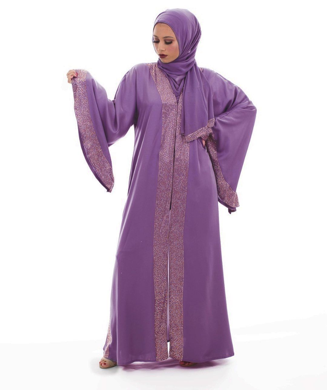 This Gorgeous Abaya Is Going Fast Who Knew Lavender Is Everyone S Favorite Shop At Http Amp Gs Qtko Abaya Lavender Color Fashion