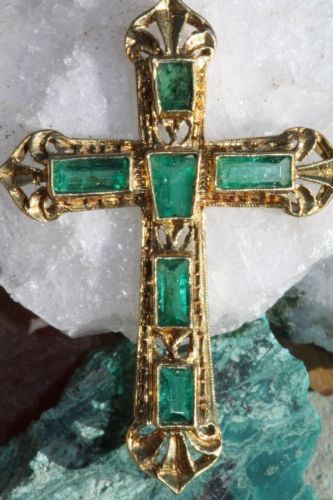 Vintage 750 18k Yellow Gold Genuine Emerald Holy Cross Pendant for Necklace