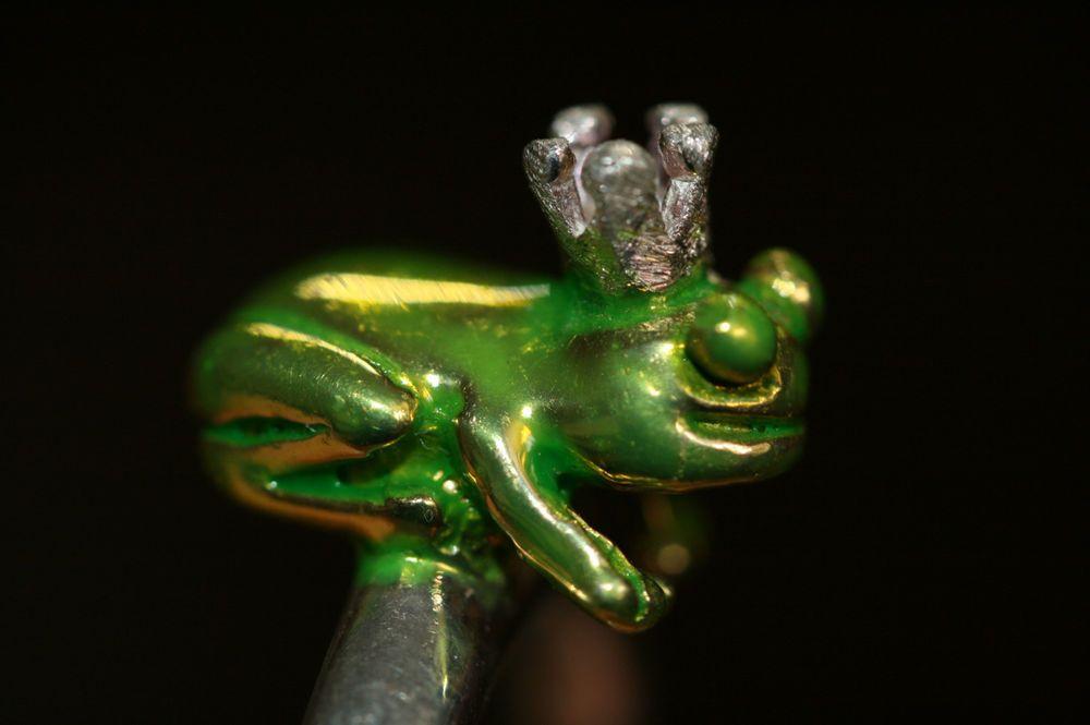 Aus Omas Schmuckkästchen - Grüner Emaille Frosch Ring 925er Silber