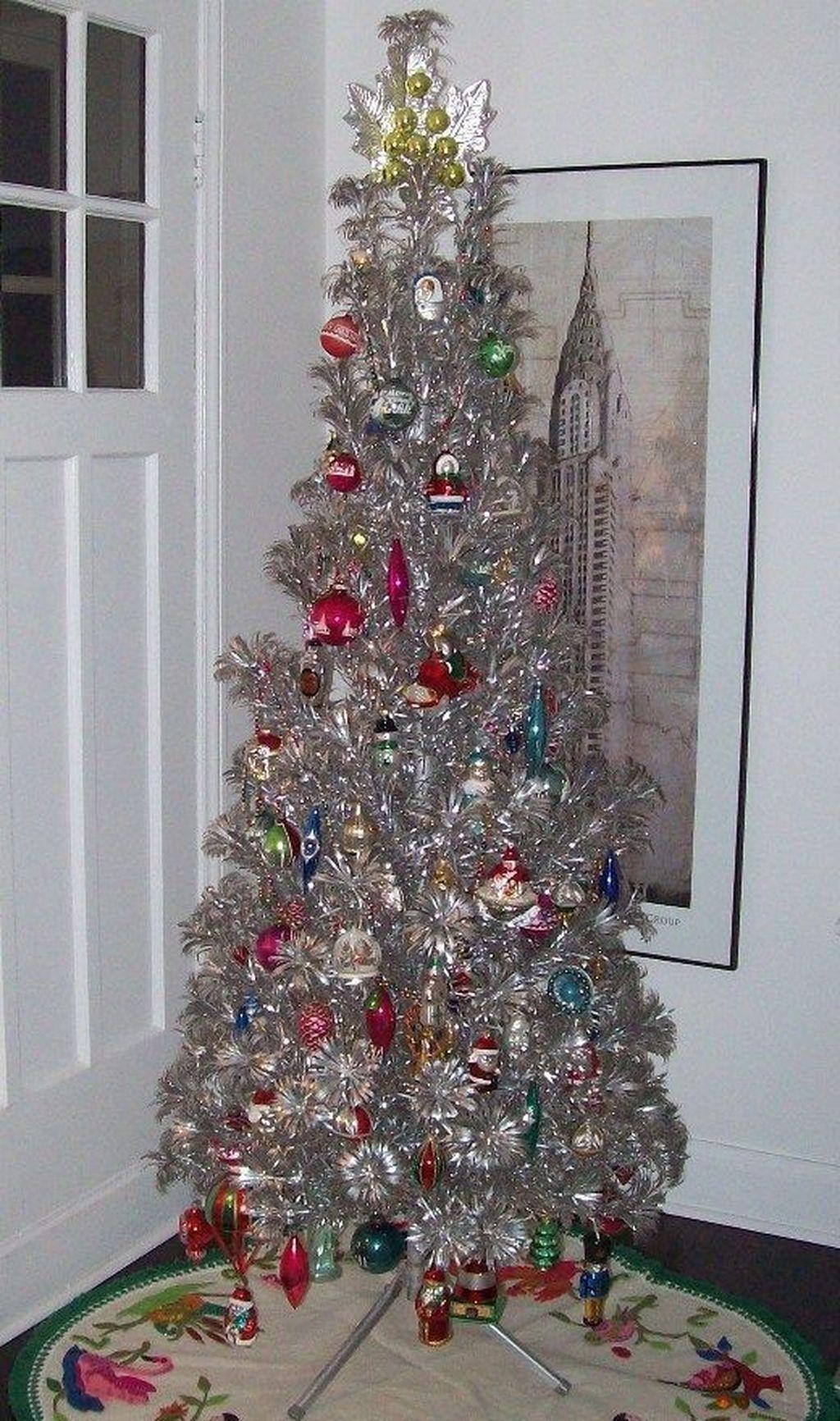 Awesome 47 Stunning Silver Christmas Tree Decor Ideas Silver Christmas Tree Vintage Christmas Tree White Christmas Tree Decorations