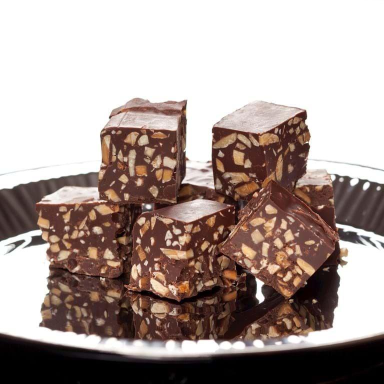 Konfekt opskift med nougat og chokolade - se her #konfektjul