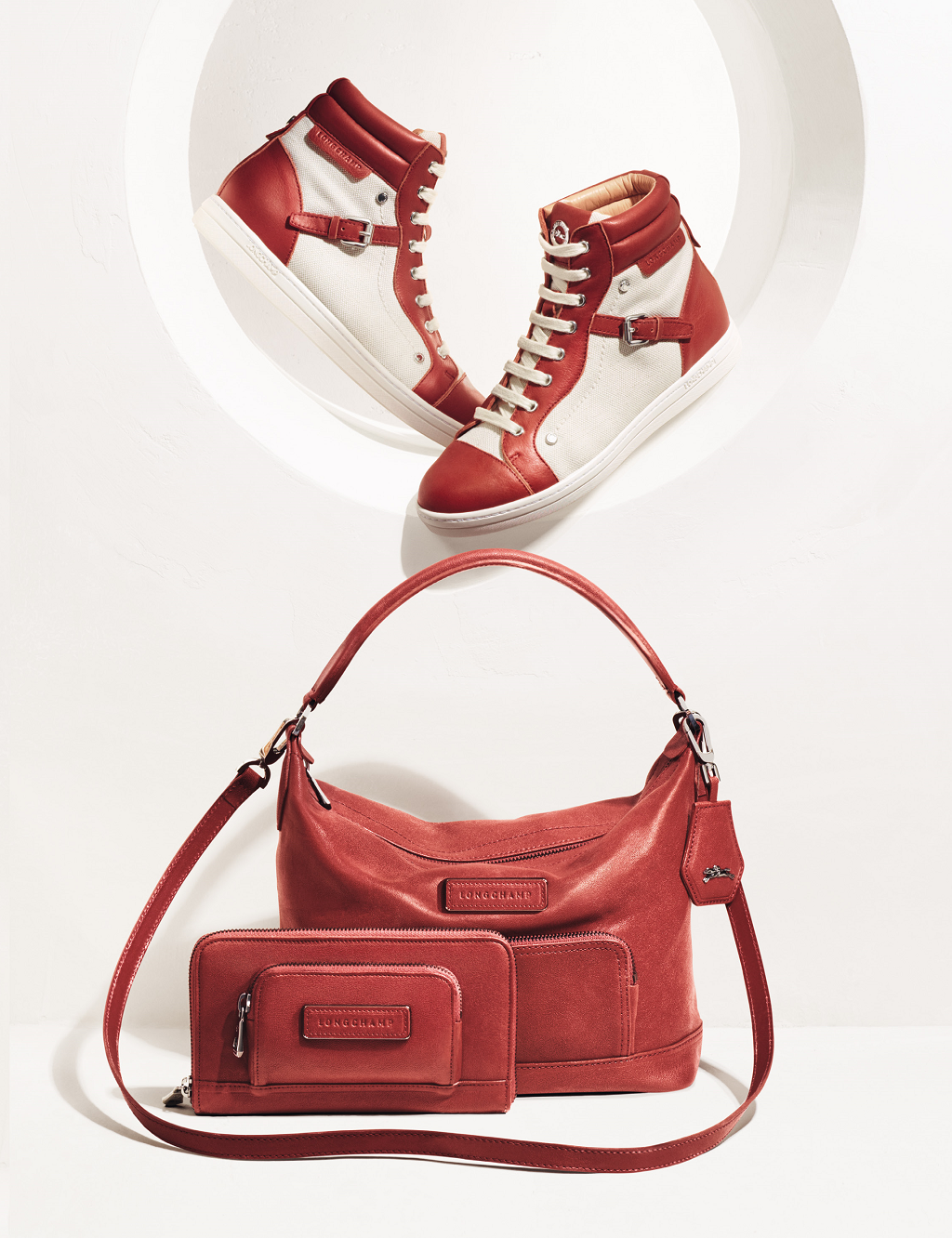 Longchamp Spring 2014 collection. Discover it on www.longchamp.com ... f9207c7aa943a