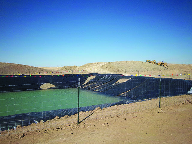 Hdpe Heavy Duty Plastic Sheeting Such As This For Pit Liners Ponds Etc Pond Liner Liner Plastic Sheets
