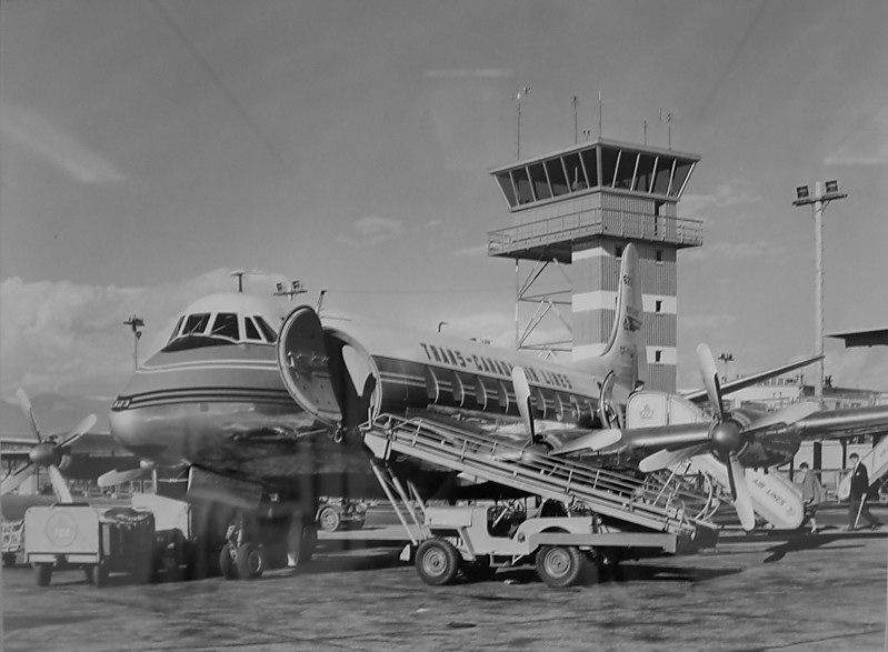 Props, Pistons, Old Jets And the Good Ole Days of Flying: FLYING A VICKERS VISCOUNT ACROSS THE ATLANTIC