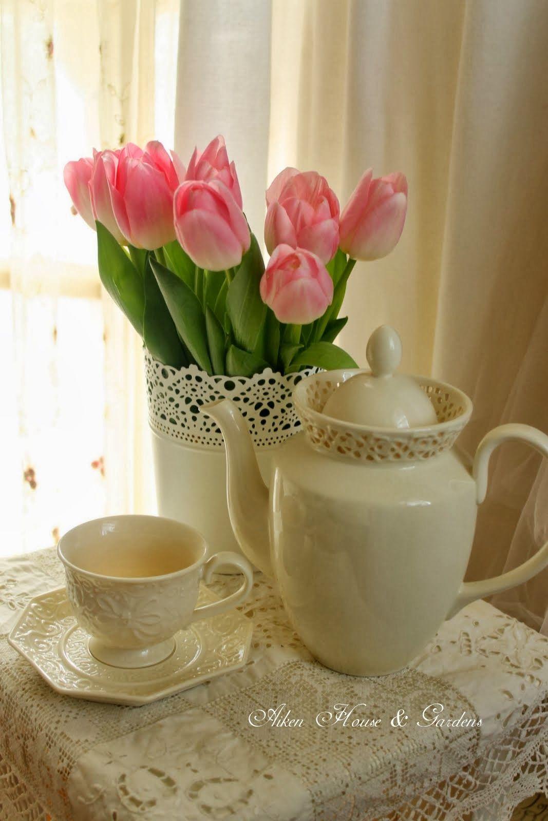 Aiken House & Gardens Warm White Cosas románticas