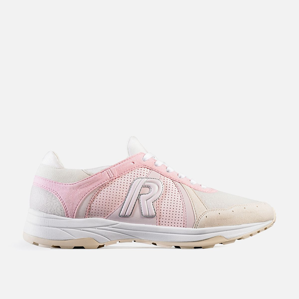 reebok shoes used in she was pretty kdrama casts