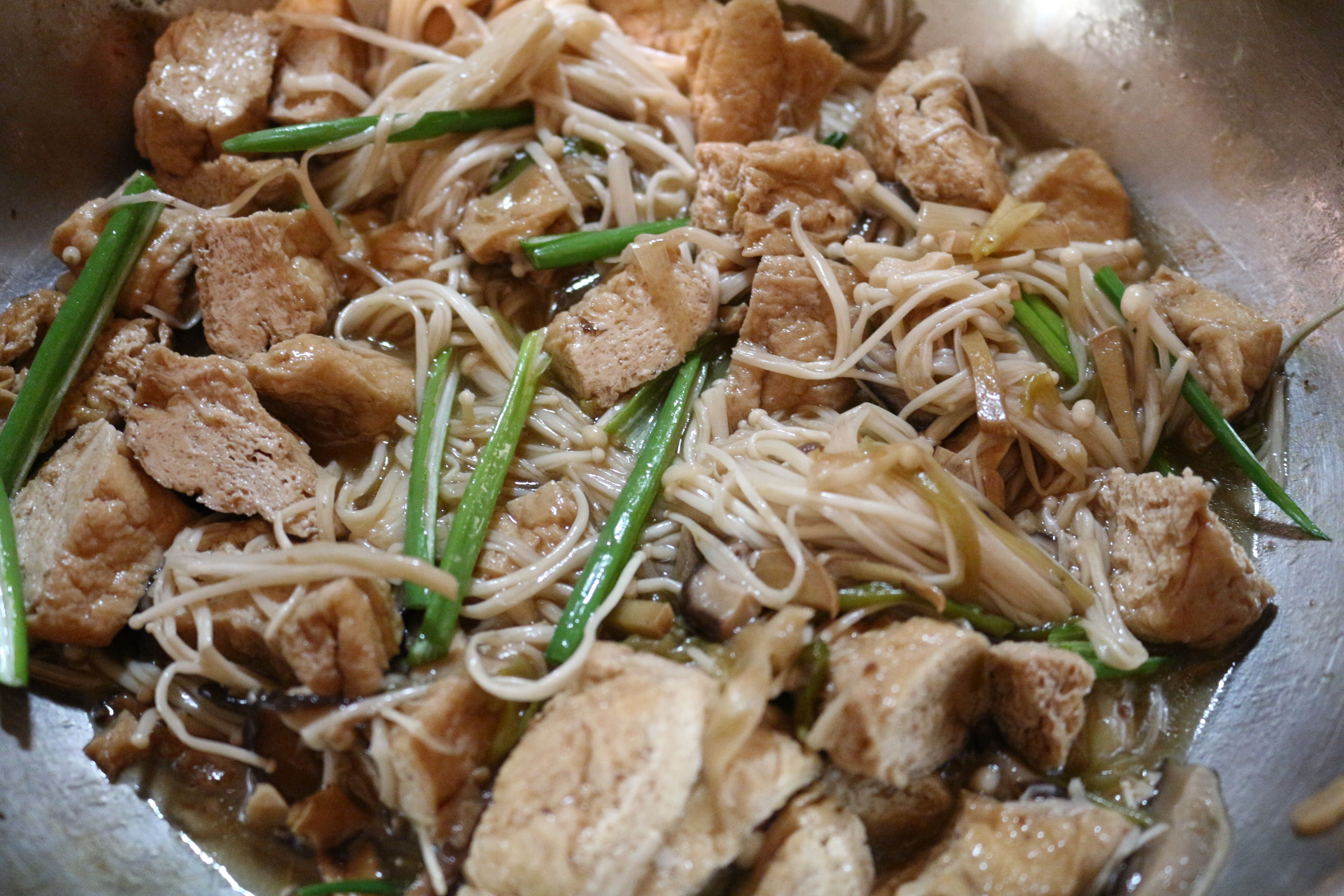can a vegetarian dish be very tasty and not boring of