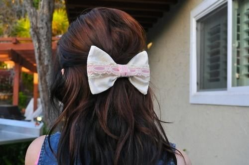 ahah My hair acutally looks likee this right now! my hair