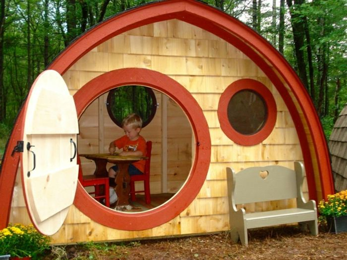 gartenhaus selber bauen hobbit haus kinder spielen playhouse pinterest gartenhaus selber. Black Bedroom Furniture Sets. Home Design Ideas