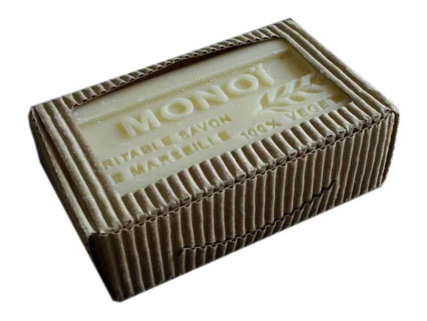 Monoi is a unique blend of coconut oil and the natural essence of tiare flowers (Tahitian gardenia). No preservatives, emulsifiers or animal products are added. Great for dry skin! Made in France