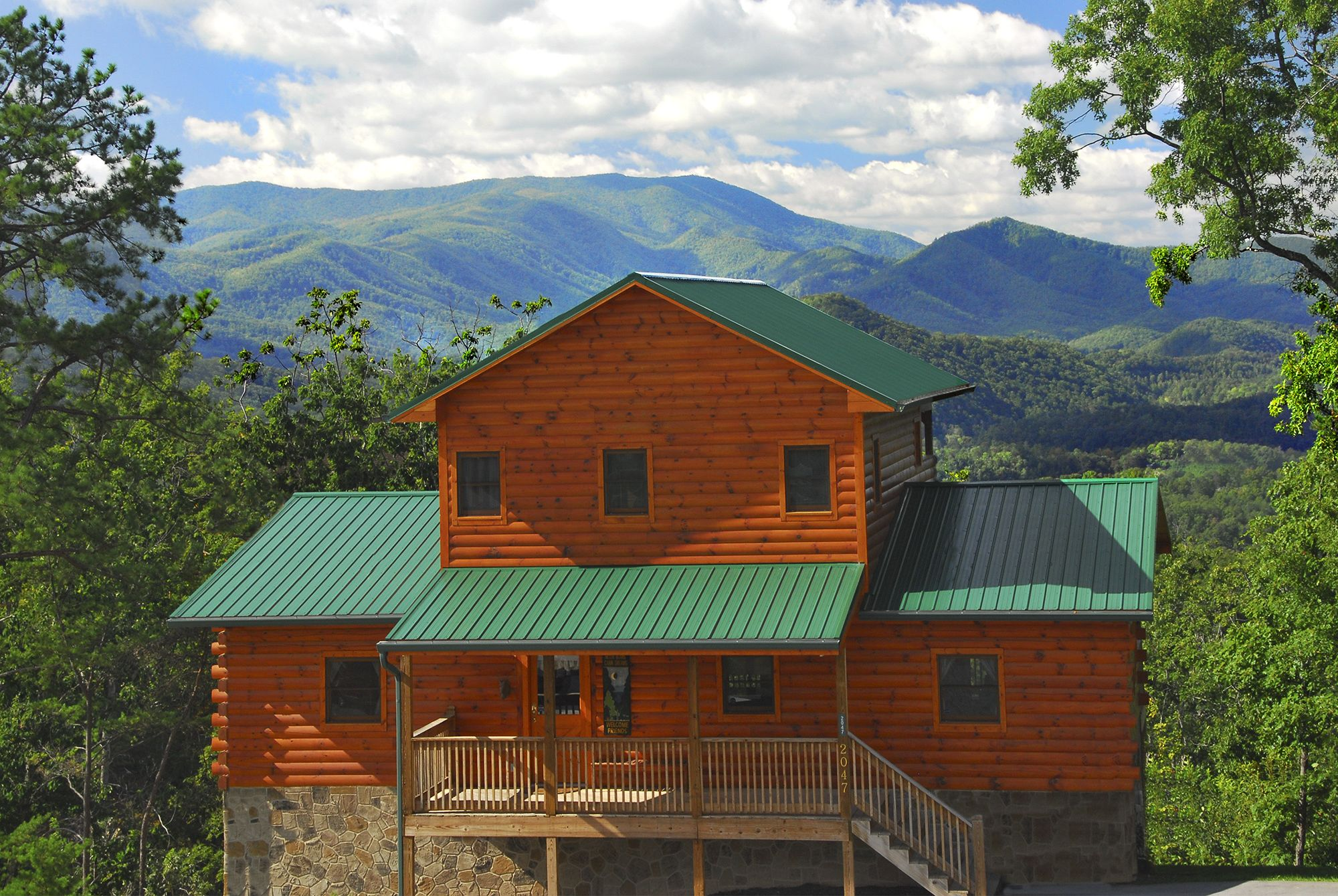 Explore the Dollywood Cabins    Tennessee ♥   Gatlinburg