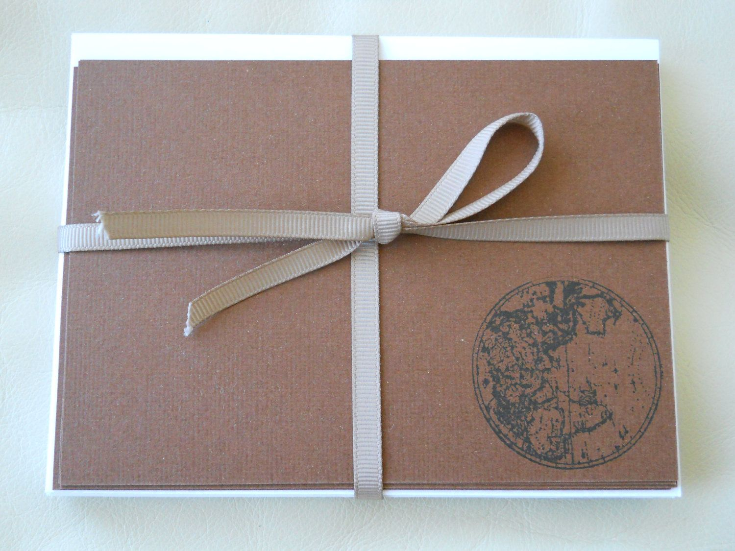 Vintage-inspired Stationary- Pack of 8 notecards- 4 each of 2 designs. 2 different sets available as seen- brown and beige, blue and brown.. $8.95, via Etsy.