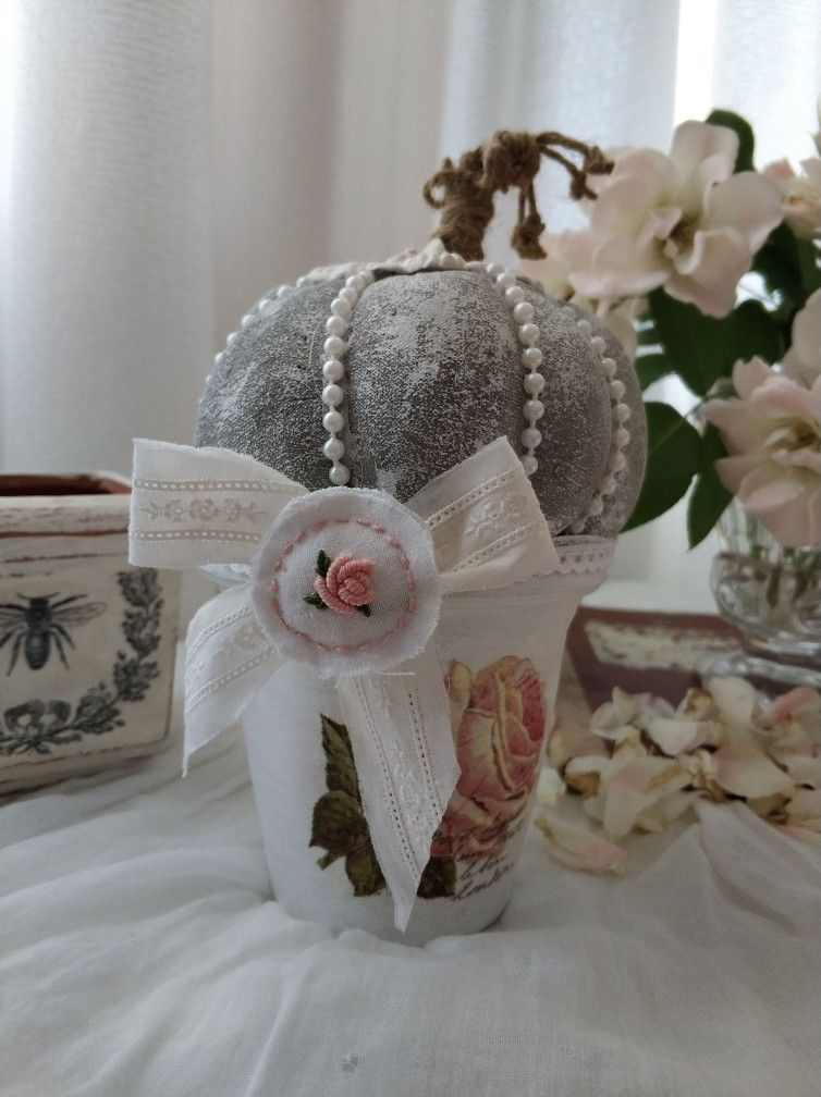 Beauty And The Beast Inspired Snow Globe With Images Beauty