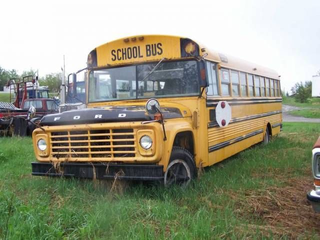 1974 Ford B700 School Bus With Images School Bus Yellow