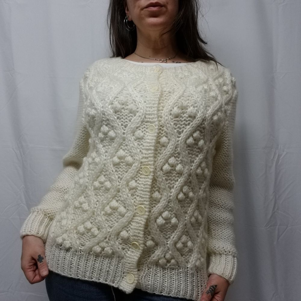bf03d9ea05 Vtg 60s HIGBEES Ivory Acrylic Chunky Cable Knit Cardigan Sweater Womens M L   Higbees