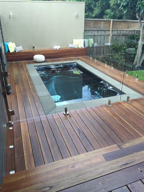 25 Amazing Minimalist Pool Decoration Ideas For Your Home Minimalist Indoor Swimming Pool Design Backyard Pool Pool Decor