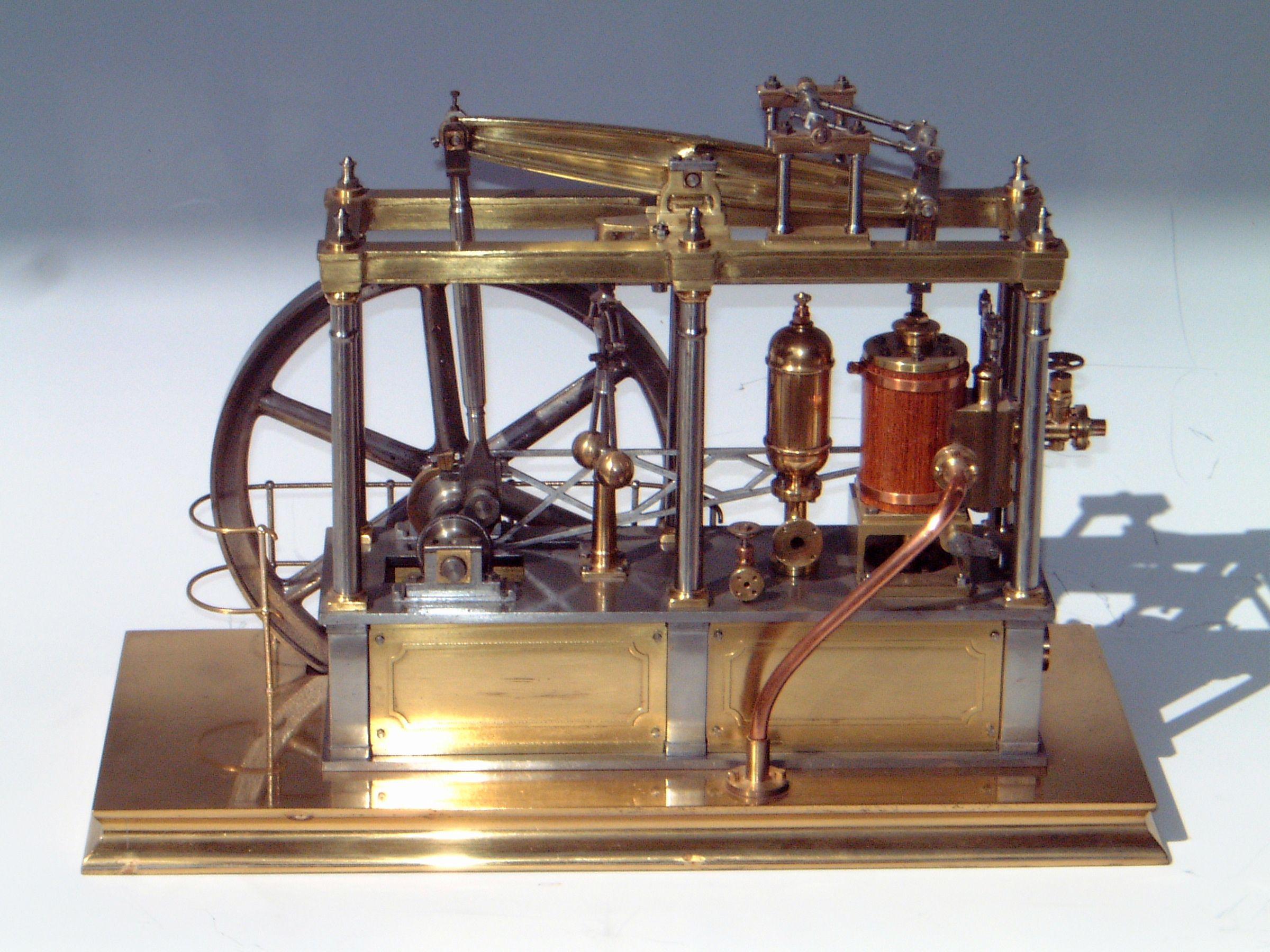 Ladiy Stephanie | Steam engine, Live steam models, Stirling
