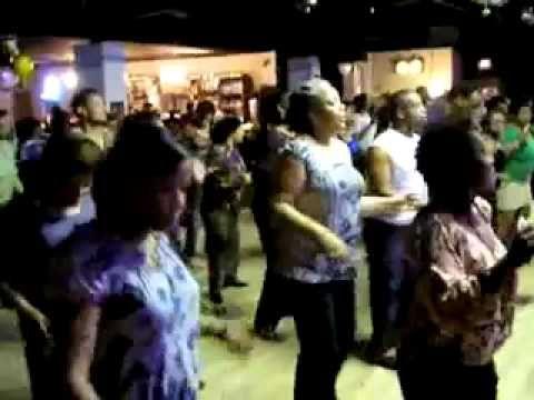 Zydeco bounce line dance.