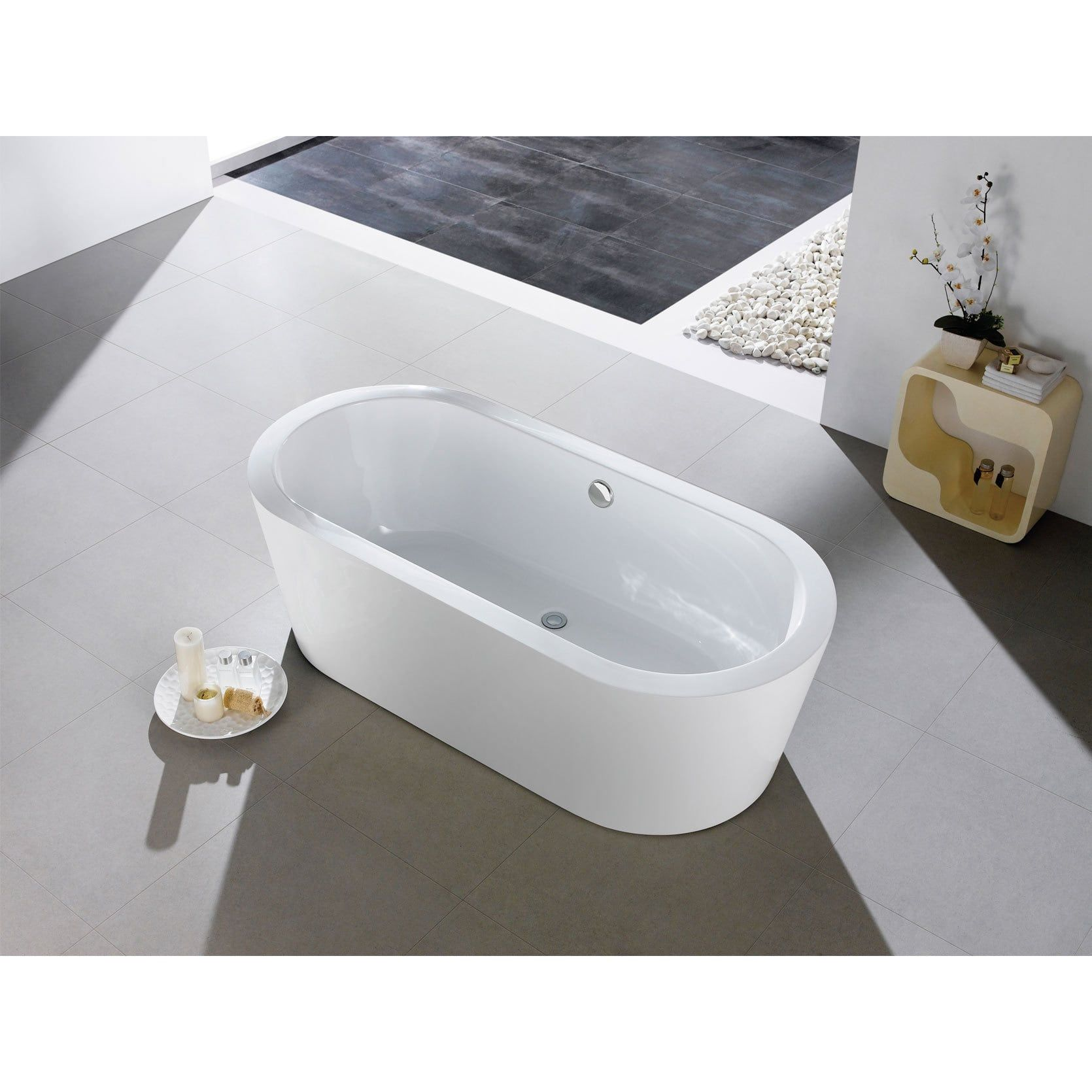 Mandalay 58-inch x 29-inch White Oval Soaking Bathtub | Overstock ...