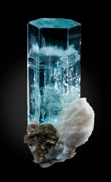 Aquamarine - Minerals, Crystals, Gemstones, Natural Formations